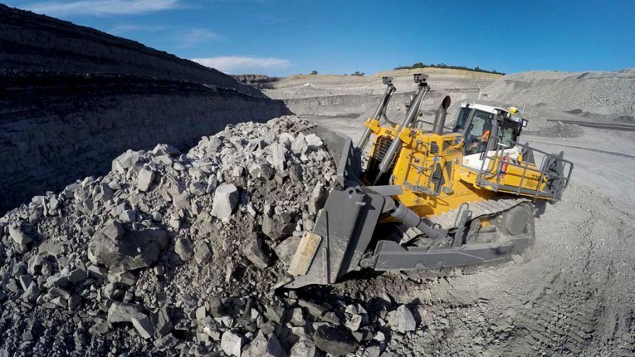 Die ersten unbemannten Bulldozer kommen in den Tagebau