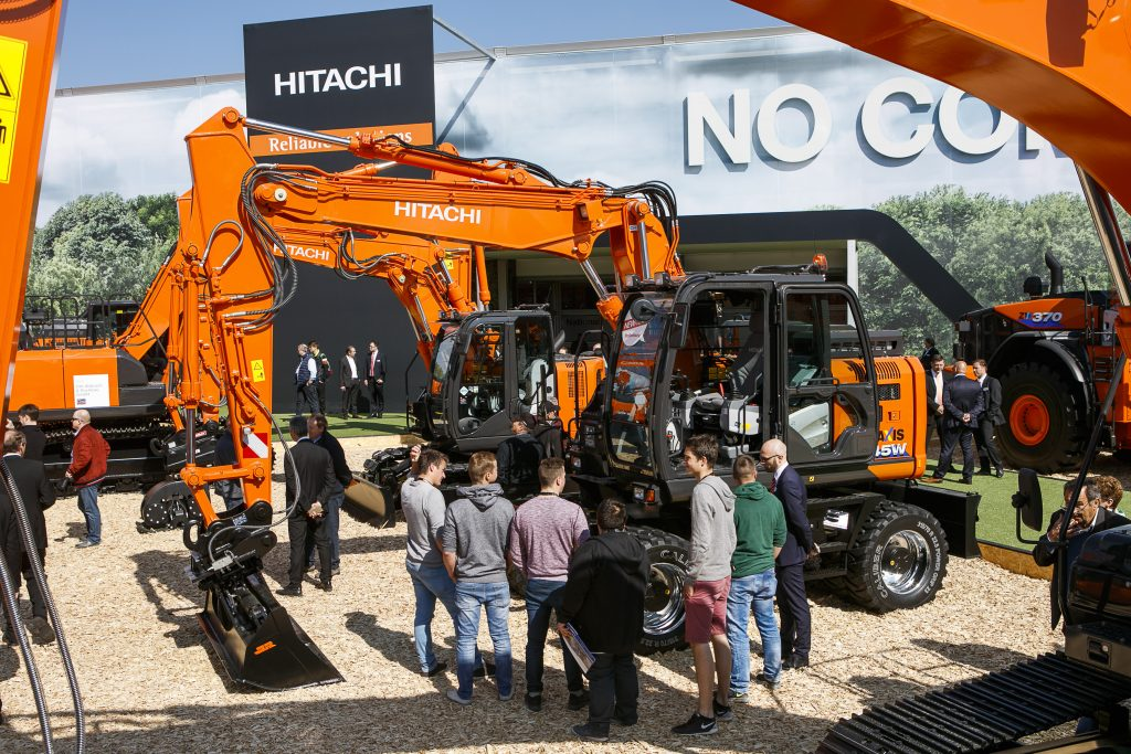 Best of Bauma: Hitachi Baumaschinen