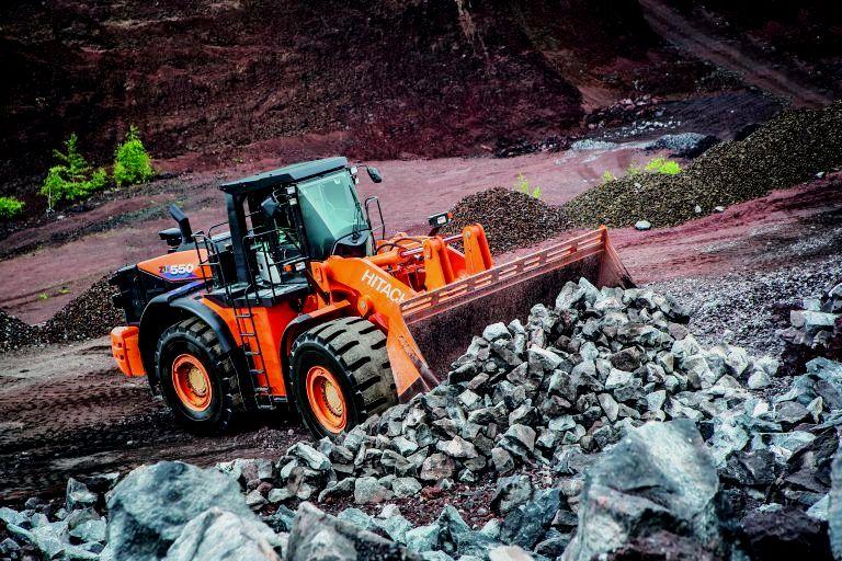 Hitachi entwickelte weitere Neuheit für Baugruben: Frontlader ZW550-6
