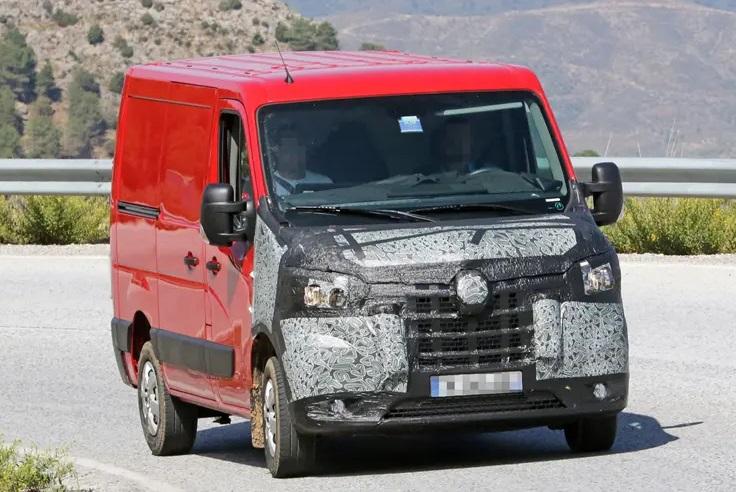 Neue Renault Master, Nissan NV400 und Vauxhall Movano: Erste Spionagefotos von großen Van Faceliftings