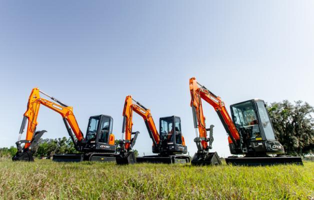 Drei neue Minibagger von Doosan bieten hohe Leistung trotz der kompakten Form